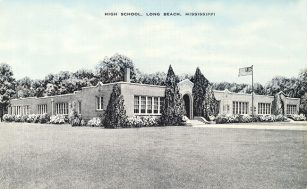School on Jeff Davis Avenue